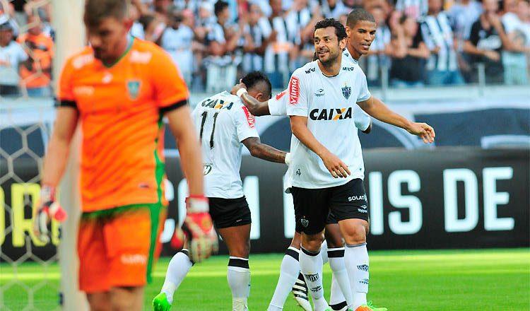 Fred comemora primeiro gol no Mineirão: atuação inspirada e vitória confirmada só no fim da partida (foto: SUPERESPORTES)