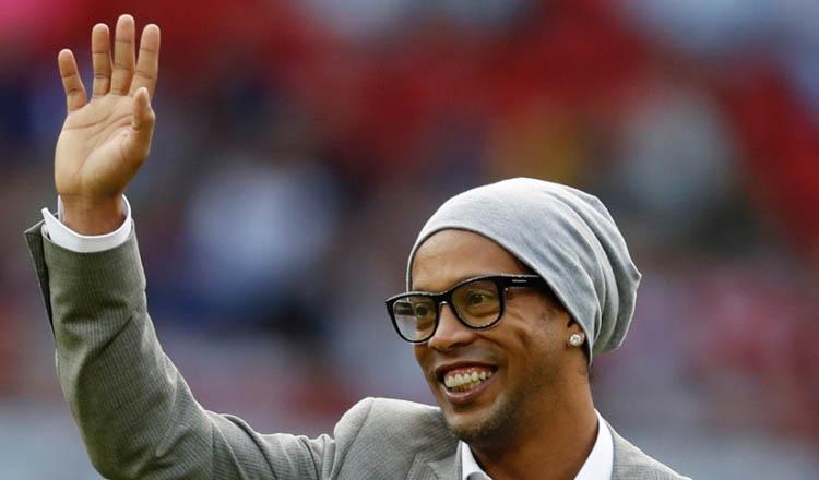 Ronaldinho Gaúcho admite a possibilidade de aposentadoria (foto: UOL / Reprodução)