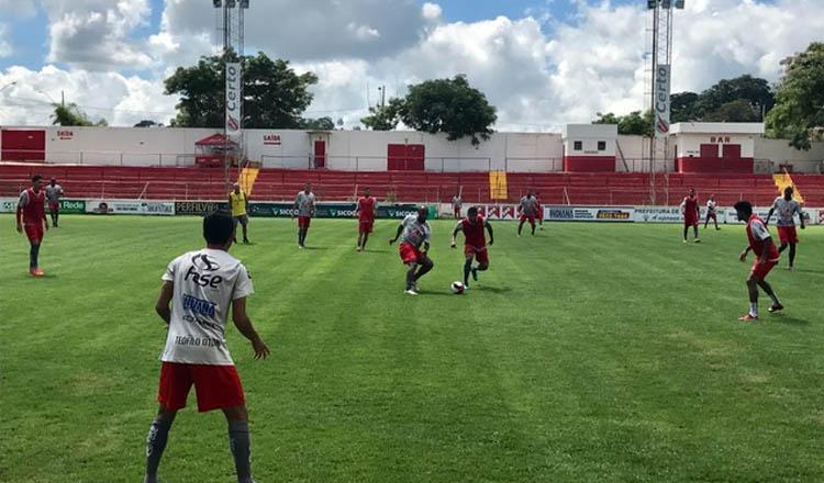 A equipe do América-TO está treinando incansavelmente com o propósito de buscar a primeira vitória, neste domingo, 5, contra o Cruzeiro (foto: ASCOM AFC)