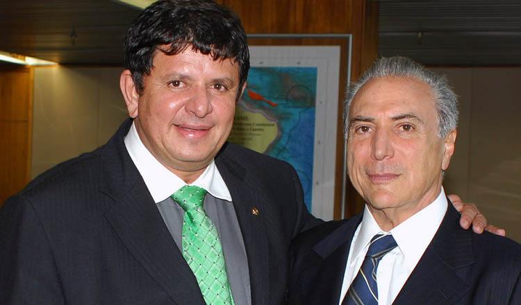 Os antes amigos Fabinho Ramalho e Michel Temer, hoje estão rompidos — pelo menos da parte de Fabinho (foto: Aluízio Gomes | ASCOM Planalto)