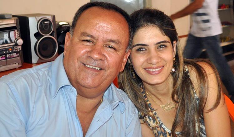 O vereador Northon Neiva ao lado da esposa Adriana. No último domingo (12/03) o vereador celebrou mais um ano de vida