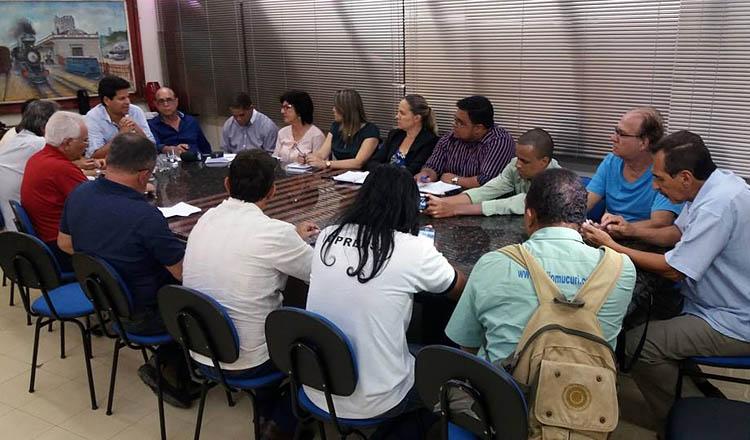 Entrevista coletiva do prefeito Daniel Sucupira, acompanhado por secretários, sobre os seus 100 dias de governo (foto: William Horta/Jornal Carta | Reprodução Facebook)